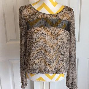 Sparkle & Fade slit back leopard top